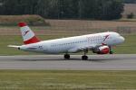 TRAVAIRさんが、ウィーン国際空港で撮影したオーストリア航空 A320-216の航空フォト(写真)