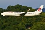 あしゅーさんが、福岡空港で撮影した中国東方航空 737-89Pの航空フォト(写真)
