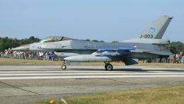 General Dynamics F-16 Fighting...