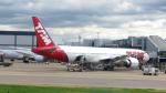 誘喜さんが、ロンドン・ヒースロー空港で撮影したラタム・エアラインズ・ブラジル 777-32W/ERの航空フォト(写真)