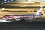 べガスさんが、中部国際空港で撮影した日本トランスオーシャン航空 737-446の航空フォト(写真)