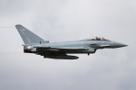 AkiChup0nさんが、フェアフォード空軍基地で撮影したイギリス空軍 EF-2000 Typhoon FGR4の航空フォト(写真)