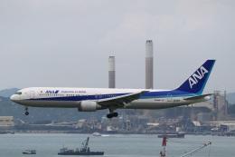 sky-spotterさんが、香港国際空港で撮影した全日空 767-381/ERの航空フォト(飛行機 写真・画像)