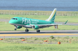 kij niigataさんが、新潟空港で撮影したフジドリームエアラインズ ERJ-170-100 SU (ERJ-170SU)の航空フォト(写真)