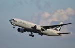 Take51さんが、新千歳空港で撮影したキャセイパシフィック航空 777-267の航空フォト(写真)