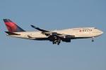 じゃがさんが、成田国際空港で撮影したデルタ航空 747-451の航空フォト(写真)