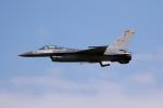 チャッピー・シミズさんが、三沢飛行場で撮影したアメリカ空軍 F-16CM-50-CF Fighting Falconの航空フォト(写真)