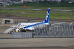 キイロイトリ1005fさんが、名古屋飛行場で撮影した三菱航空機 MRJ90STDの航空フォト(写真)