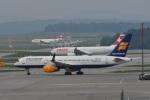 nobu2000さんが、チューリッヒ空港で撮影したアイスランド航空 757-208の航空フォト(写真)