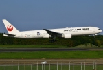 あしゅーさんが、成田国際空港で撮影した日本航空 777-346/ERの航空フォト(写真)