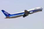 Tomo_ritoguriさんが、伊丹空港で撮影した全日空 767-381の航空フォト(写真)