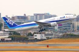 Tomo_ritoguriさんが、伊丹空港で撮影した全日空 777-281/ERの航空フォト(写真)