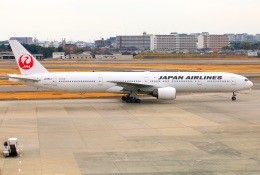 Tomo_ritoguriさんが、伊丹空港で撮影した日本航空 777-346の航空フォト(写真)