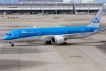 B.K JEONGさんが、関西国際空港で撮影したKLMオランダ航空 787-9の航空フォト(飛行機 写真・画像)