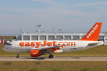 安芸あすかさんが、パリ オルリー空港で撮影したイージージェット A319-111の航空フォト(写真)