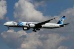 twining07さんが、ロンドン・ヒースロー空港で撮影したエジプト航空 777-36N/ERの航空フォト(写真)