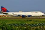 あしゅーさんが、成田国際空港で撮影したデルタ航空 747-451の航空フォト(写真)