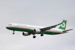 msrwさんが、成田国際空港で撮影したエバー航空 A321-211の航空フォト(写真)