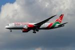 twining07さんが、ロンドン・ヒースロー空港で撮影したケニア航空 787-8 Dreamlinerの航空フォト(写真)