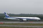 ATOMさんが、新千歳空港で撮影した全日空 777-381/ERの航空フォト(写真)