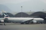 小牛田薫さんが、香港国際空港で撮影したキャセイパシフィック航空 777-367の航空フォト(写真)