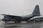 木人さんが、横田基地で撮影したアメリカ空軍 C-130H Herculesの航空フォト(写真)