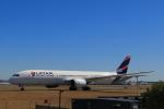 しかばねさんが、シドニー国際空港で撮影したラタム・エアラインズ・チリ 787-9の航空フォト(写真)