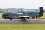 マリオ先輩さんが、横田基地で撮影したアメリカ空軍 RQ-4B-40 Global Hawkの航空フォト(写真)