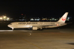 デウスーラ294さんが、小松空港で撮影した日本航空 767-346/ERの航空フォト(写真)
