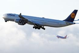 LAX Spotterさんが、ロサンゼルス国際空港で撮影したルフトハンザドイツ航空 A340-642の航空フォト(写真)