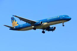 まいけるさんが、スワンナプーム国際空港で撮影したベトナム航空 A321-231の航空フォト(写真)