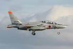 コギモニさんが、小松空港で撮影した航空自衛隊 T-4の航空フォト(写真)