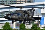 はるかのパパさんが、東京臨海広域防災公園ヘリポートで撮影したアメリカ陸軍 S-70 (H-60 Black Hawk/Seahawk)の航空フォト(写真)