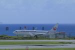 しかばねさんが、那覇空港で撮影した日本トランスオーシャン航空 737-8Q3の航空フォト(写真)