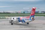 kanadeさんが、ワルシャワ・フレデリック・ショパン空港で撮影したLOTポーランド航空 DHC-8-402Q Dash 8の航空フォト(写真)