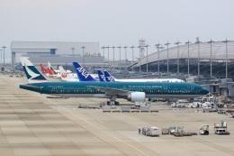 tomoyonさんが、関西国際空港で撮影したキャセイパシフィック航空 777-367/ERの航空フォト(写真)