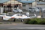 バイクオヤジさんが、調布飛行場で撮影した日本法人所有 DA42 TwinStarの航空フォト(写真)