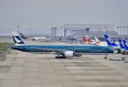 kix-boobyさんが、関西国際空港で撮影したキャセイパシフィック航空 777-367/ERの航空フォト(写真)