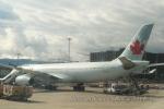 kanadeさんが、ジュネーヴ・コアントラン国際空港で撮影したエア・カナダ A330-343Xの航空フォト(写真)