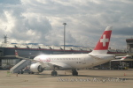 kanadeさんが、ジュネーヴ・コアントラン国際空港で撮影したスイス・グローバル・エアラインズ BD-500-1A10 CSeries CS100の航空フォト(写真)