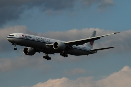 twining07さんが、ロンドン・ヒースロー空港で撮影した中国国際航空 777-39L/ERの航空フォト(飛行機 写真・画像)