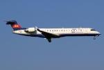 あしゅーさんが、成田国際空港で撮影したアイベックスエアラインズ CL-600-2C10 Regional Jet CRJ-702の航空フォト(飛行機 写真・画像)