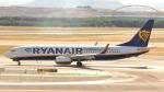 誘喜さんが、マドリード・バラハス国際空港で撮影したライアンエア 737-8ASの航空フォト(写真)