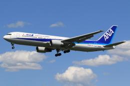 テクノジャンボさんが、成田国際空港で撮影した全日空 767-381/ERの航空フォト(写真)