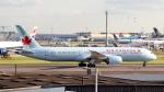 誘喜さんが、ロンドン・ヒースロー空港で撮影したエア・カナダ 787-9の航空フォト(写真)