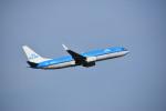 ステラさんが、トゥールーズ・ブラニャック空港で撮影したKLMオランダ航空 737-8K2の航空フォト(写真)