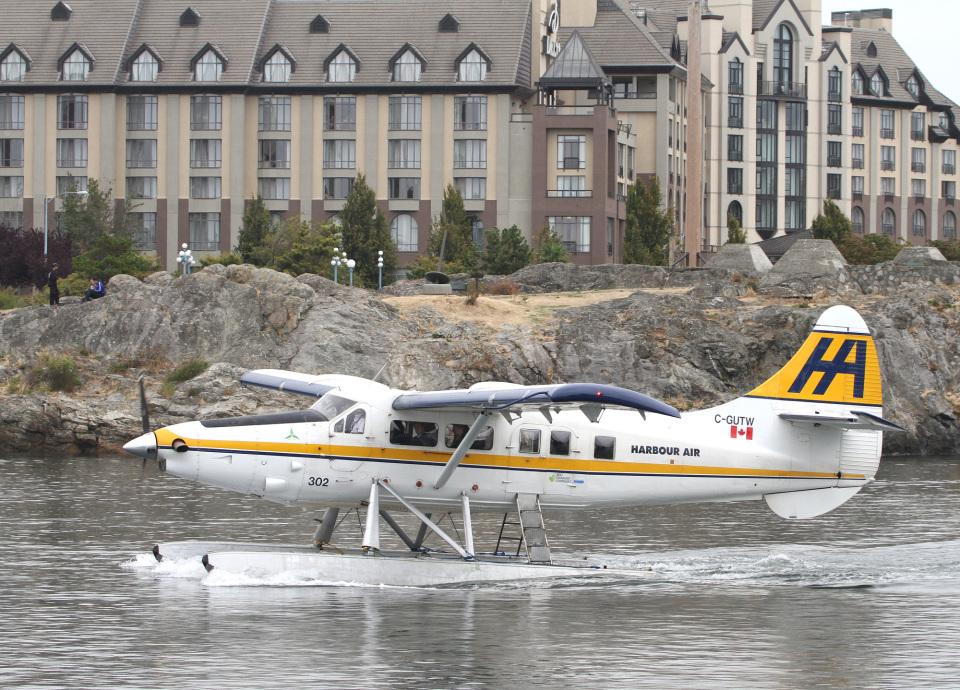 voyagerさんのハーバー・エア・シープレーンズ De Havilland Canada DHC-3 Otter (C-GUTW) 航空フォト