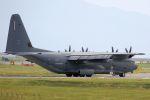 kazuchiyanさんが、岩国空港で撮影したアメリカ空軍 MC-130J Herculesの航空フォト(写真)