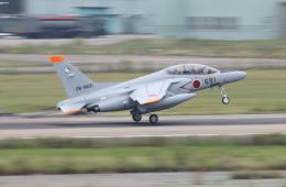 Koenig117さんが、小松空港で撮影した航空自衛隊 T-4の航空フォト(写真)