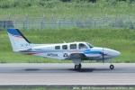 tabi0329さんが、長崎空港で撮影した崇城大学 G58 Baronの航空フォト(写真)